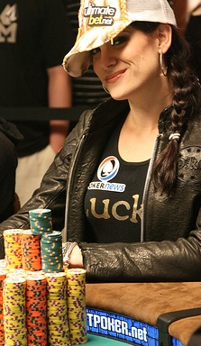 UB gorgeous poker babe